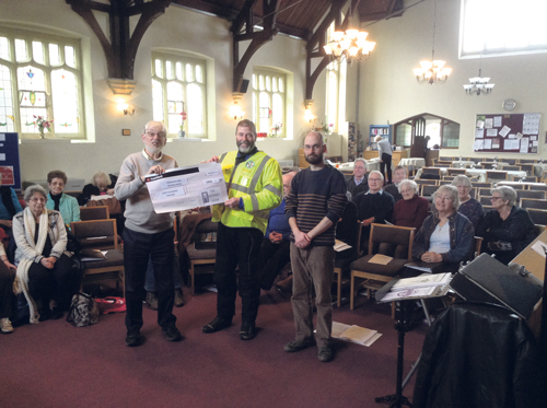 Filtones raise £800 for Freewheelers