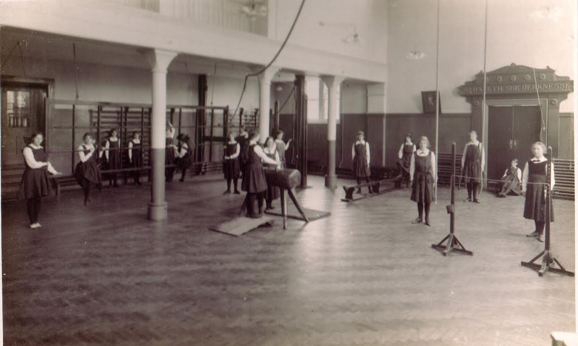 Gym in the hall, 1914