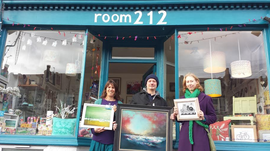 Sarah Thorp, Huw Richards Evans & Sarah Robertson with their famous prints